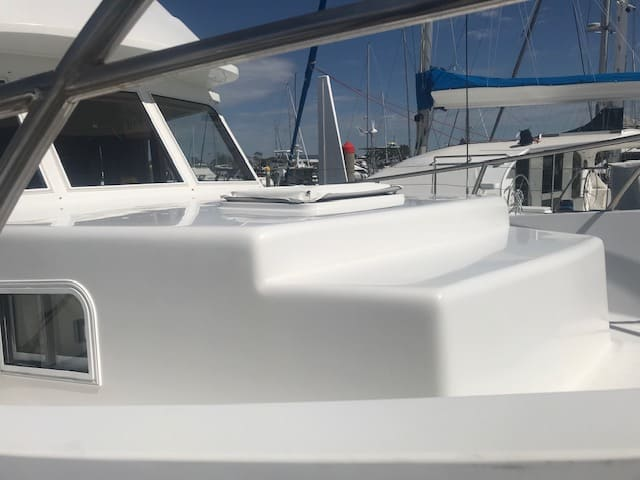Blue Seas 37ft detailed by The Boat Care Company, Manly, Brisbane